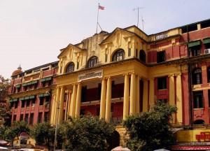 Antiguo edificio colonial de correos y telégrafos